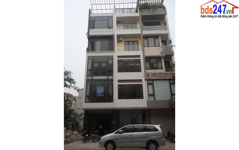 Cho thuê nhà số 165 mặt phố Hoàng Như Tiếp, Long Biên, Hà Nội