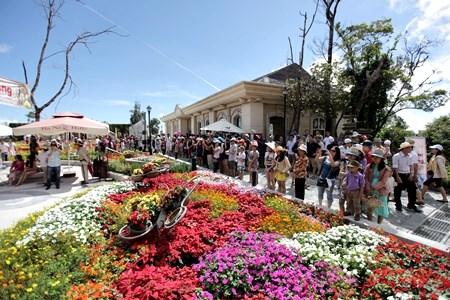 Cho thuê kho 5000 m2 đường Phạm Hùng,Đà Nẵng có nhà xưởng đầy đủ,50 tr/1000 m2/tháng.0905.606.910