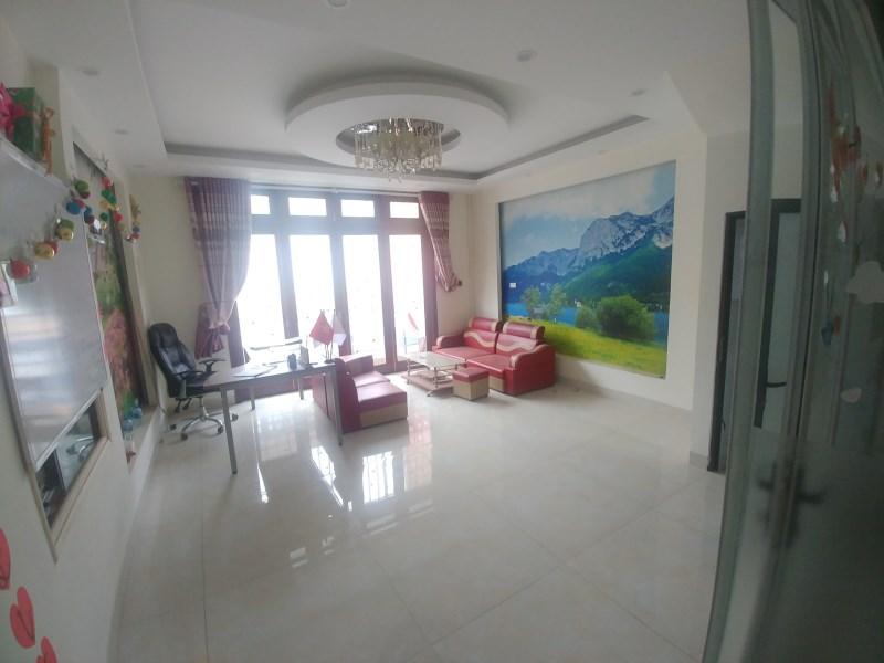 Cho thuê nhà 6 tầng full điều hòa có thang máy gần HuynDai Hà Đông 25tr LH 0983477936