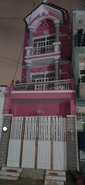 Bán nhà mặt tiền  kinh doanh 1 trệt 2 lầu, giá 4.5 tỷ .P. Tam Phú