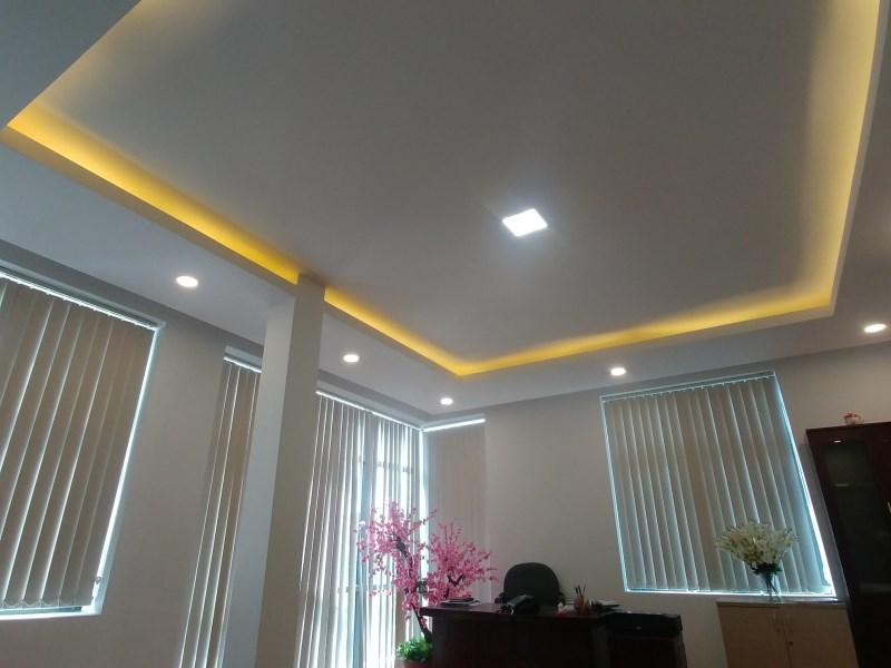 Nhà 5 tầng khu Ngô Thì Nhậm Hà Đông làm văn phòng, du học. LH: 0983477936
