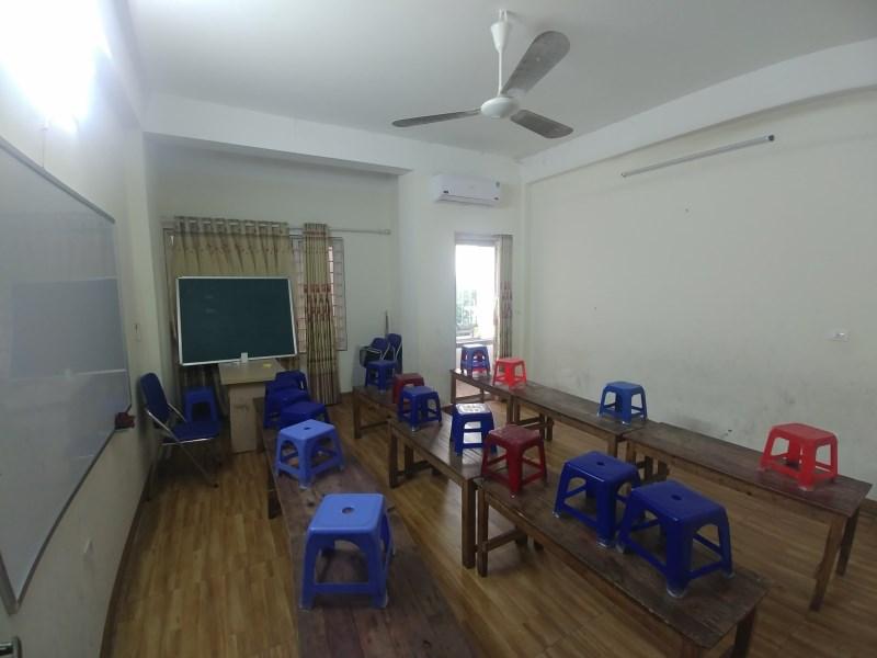 Cho thuê liền kề Văn Phú 90m 4 tầng hoàn thiện 12tr/tháng LH: 0983477936