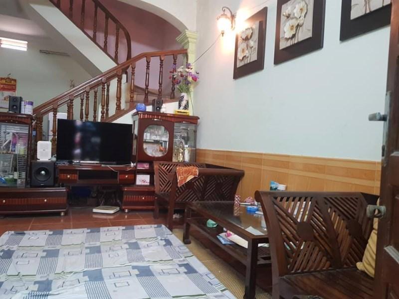 Bán nhà Hoàng Quốc Việt  53m2 4.5mMT Nhà Mới Bán Giẻ Nhứ Đất thoáng trước sau Giá 3.4 Tỷ