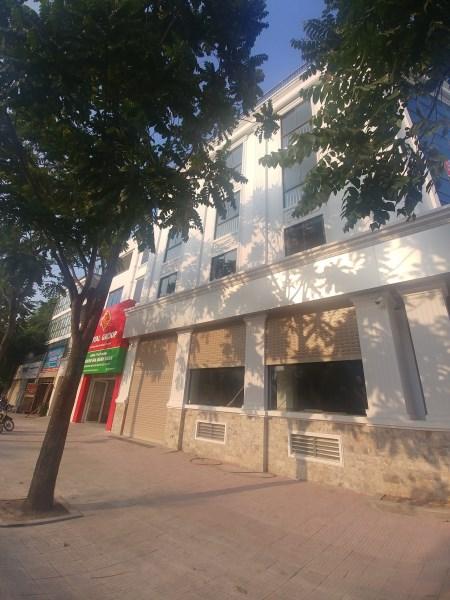 Nhà mặt phố kinh doanh Lê Trọng Tấn KDT Văn Phú  giá 12tr/tháng. LH: 0983477936