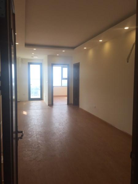 Cần cho thuê gấp căn hộ 75 tam trinh gần cầu mai động căn 2 ngủ LH 0912606172