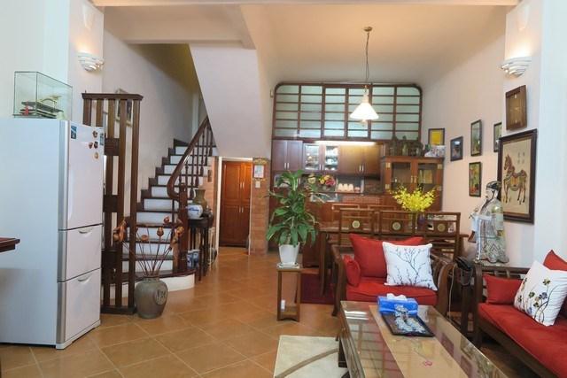 Căn nhà bán ngõ 31 Xuân Diệu, Phường Quảng An, Tây Hồ quá rẻ và đẹp