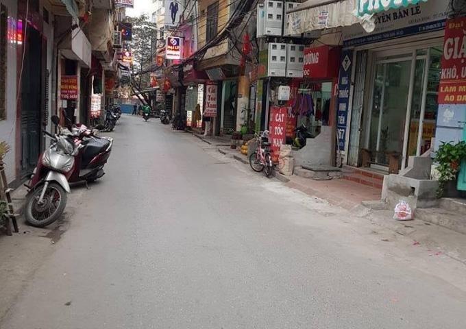 Nhà đẹp, ô tô qua, 50m ra phố Lương Định Của 45m2 * 4 tầng giá 5,3tỷ