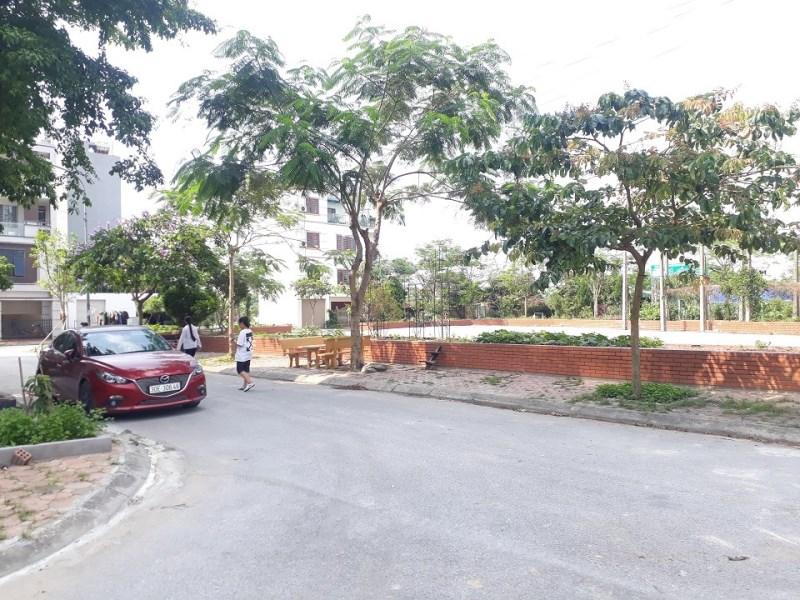 Bán đất cạnh VinHomes The Harmony, Việt Hưng, Long Biên, 88m2, Tây Bắc, giá 6.7 tỷ