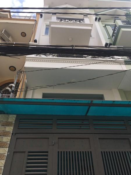 Bán nhà 3 lầu 4x19m HXH 6m thông đường Lê Thị Hồng. P17 gò vấp