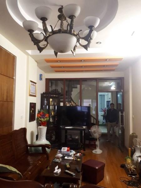 Nhà mặt ngõ ô tô Tôn Đức Thắng, DT 46m2, giá 5,8 tỷ