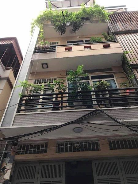 Bán nhà riêng 5 tầng khu nguyễn Khang, oto đỗ gần nhà. giá 3,3ty