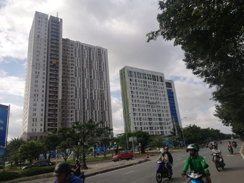 Bán gấp căn hộ 3PN, 88m2, 3.15 tỷ tặng 60tr PBT + PQL Centana Block B 0909.388.085