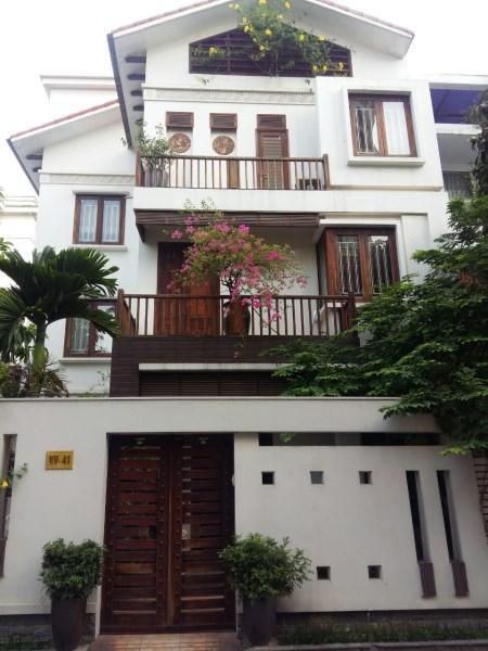 Bán gấp biệt thự NV18 khu ĐTM Trung Văn – Tố Hữu. DT110m2, giá 152tr/m2.
