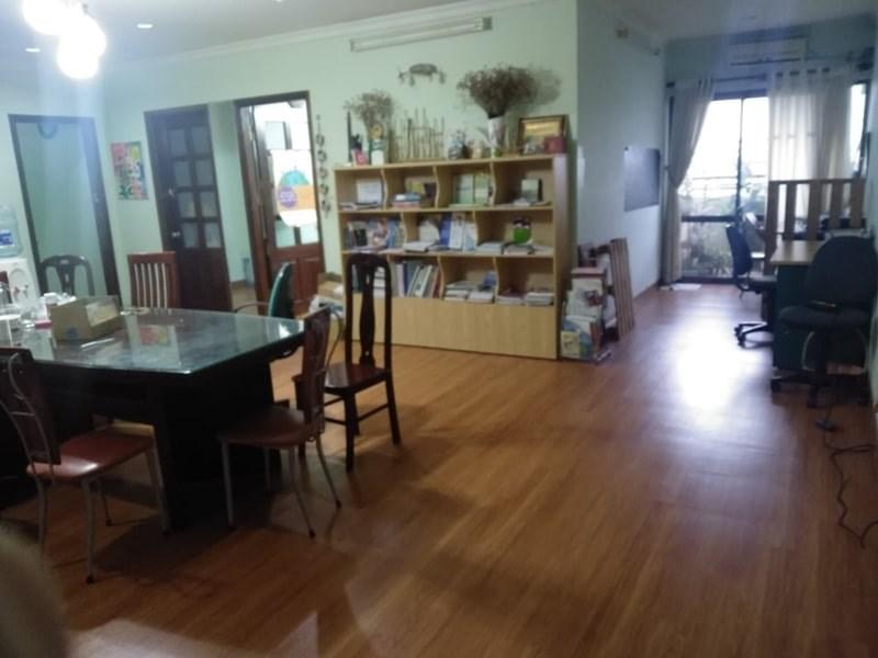 Bán căn hộ chung cư tòa nhà 27 Huỳnh Thúc Kháng, Quận Đống Đa, Hà Nội