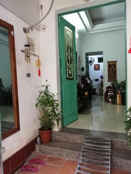 Nhà đẹp xinh phố Láng Hạ, kinh doanh, giá: 4,7 tỷ!