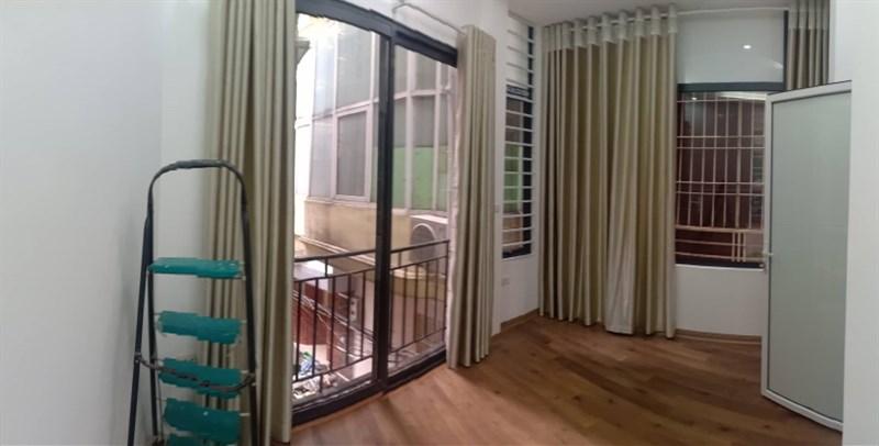 Bán nhà ngõ Linh Quang cách đường ô tô 20m. Liên hệ: 0399715555 ( em Tân )