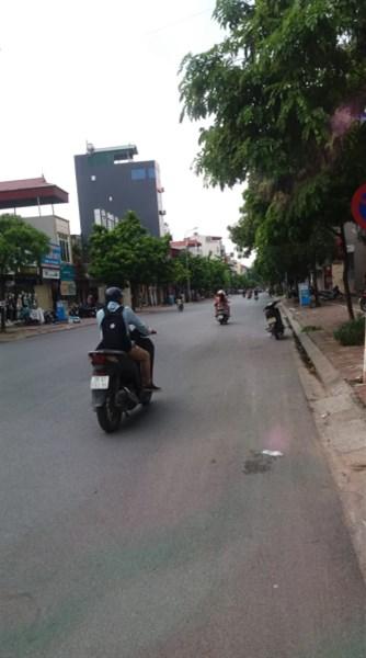 Bán Nhà Mặt Phố Ngô Xuân Quảng, TQ, GL 56.8m2, MT 4.7m, giá 8.22Tỷ.