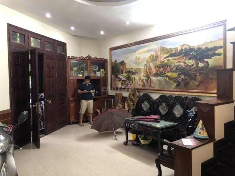 Cho Thuê Nhà Tại Mai Dịch 52 m2 x 4T Lô góc 3 MT