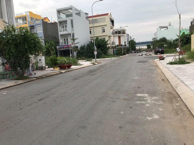 Cần bán gấp lô đất thổ cư 100% ngay mặt tiền Trần Văn Giàu, đã có sổ hồng riêng, tiện KD, buôn bán