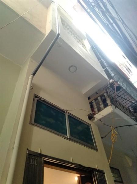 HOT nhà 4,5 tầng đẹp ở luôn DT 16m ngõ rộng thoáng Đội Cấn
