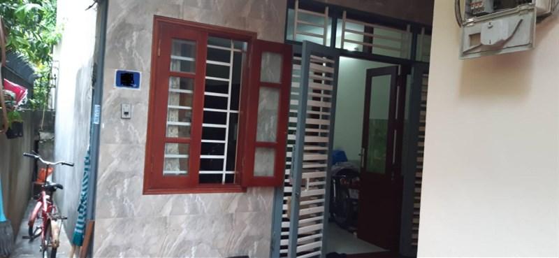 Bán nhà riêng 5 tầng x 32m2 ngõ phố Cự Lộc 3.5 tỷ