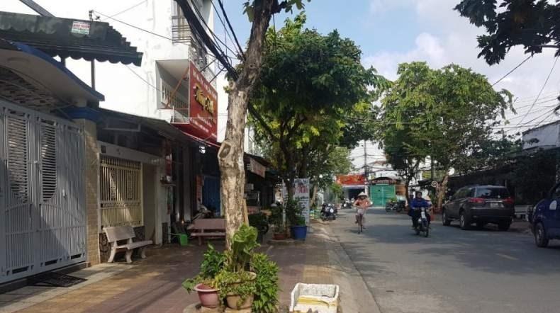 Cho thuê nhà Mặt Tiền Gần Chợ Phước Bình,4x20,trệt- lững-lầu