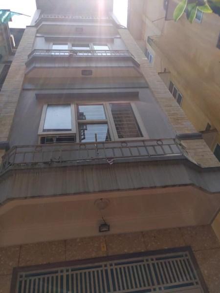 Cần bán nhà chính chủ sổ đỏ Đường Láng, Đống Đa, Hà Nội. Nhà 65m2, 4 tầng.