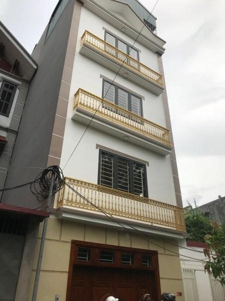 Bán nhà mới xây 5 tầng, phường Thượng Thanh, Long Biên. Diện tích 35 m2, giá 2tỷ7.LH 036.3416.001