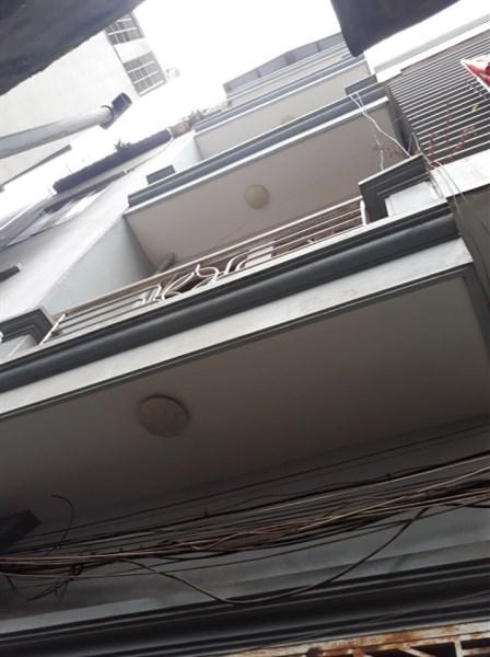 Bán nhà phố Tân Mai, 40m2, 5 tầng, 4 nghủ, cách ô tô, 20m, chỉ 2.65 tỷ có bớt
