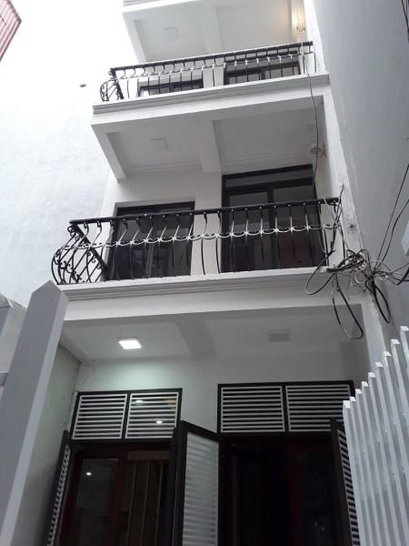 Bán nhà Giáp Bát 40m2 6*tầng MT 4m