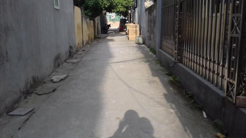 Sang Nhượng Lô Đất 56m2 Đường ô tô vào tận nhà, Giá 33tr/m2.