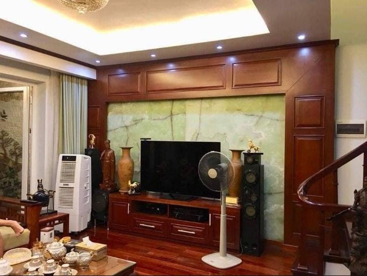 Bán gấp nhà Phạm Văn Đồng mới đẹp dọn về ở luôn cách 15m ra mặt phố lớn