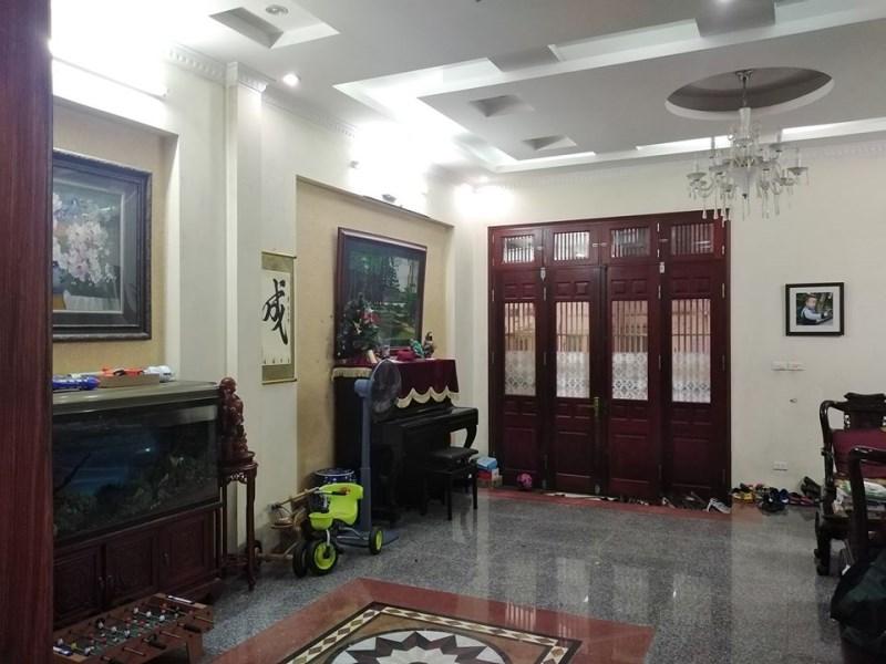 Bán nhà ngõ 30 Phan Chu Trinh, Hoàn Kiếm, 81m2 mặt tiền 7m, cách phố 30m
