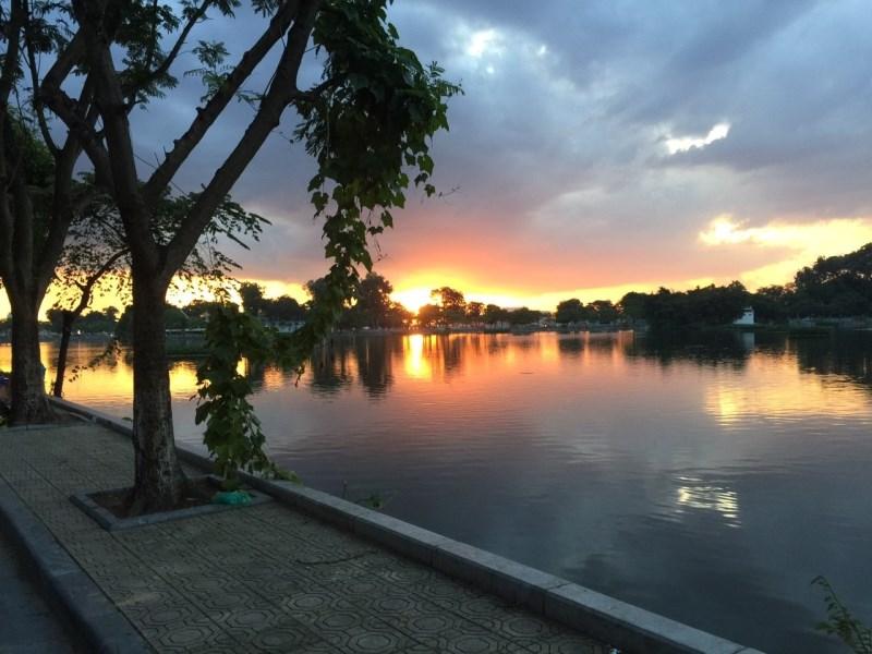 Bán nhà mặt hồ Trúc Bạch, giá 16.5 tỷ