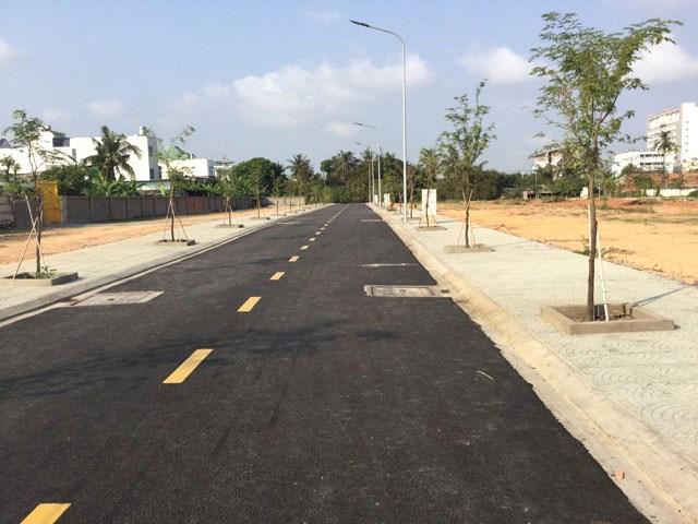 36 lô đất mặt tiền đường An Phú Đông 27, quận 12. Giá 39 triệu/m2. Sổ mới 2020, vị trí đẹp, dân cư