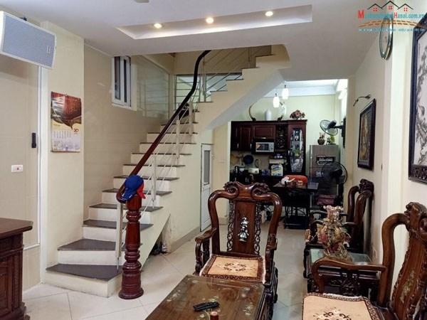 Bán nhà 61 phố Bồ Đề, phường Bồ Đề, Long Biên, HN (cách phố Bồ Đề 10 m).