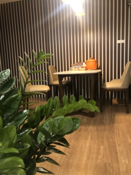 Chính chủ bán chung cư Seasons Avenue Tòa S1, full nội thất, view bể bơi đắt giá.