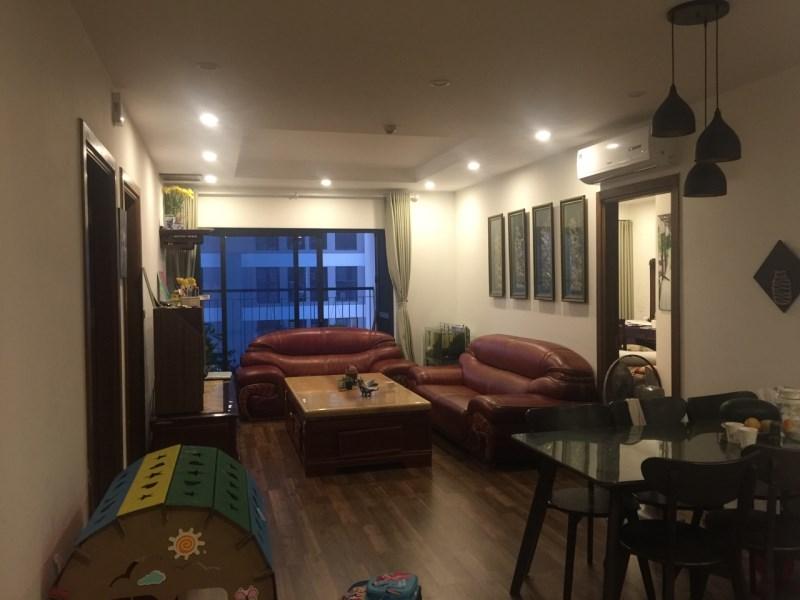 Bán căn hộ Goldmark City 136 HTM, diện tích 104m2 full đồ nội thất giá 3,2 tỷ. LH O359520780
