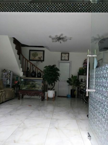 Cho thuê nhà Văn Phú Hà Đông gần đường Quang Trung 5 tầng 10tr. LH 0983477936