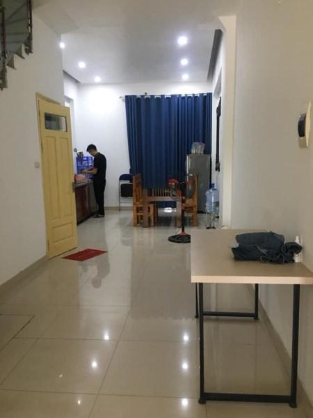 Cho thuê nhà Mỗ Lao Hà Đông 5 tầng giá 13tr. LH 0983477936