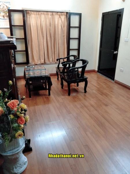 Bán căn hộ nhà E2 tập thể Bách Khoa, ngõ 27 Tạ Quang Bửu, Quận Hai Bà Trưng
