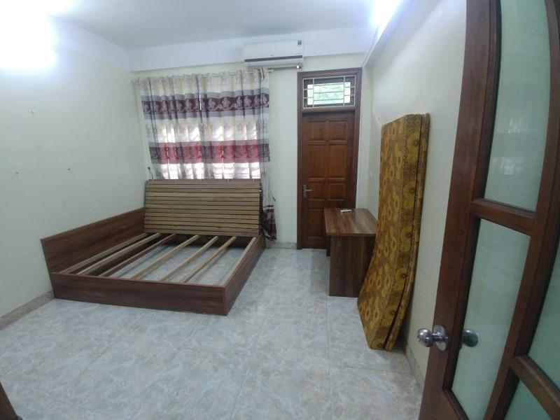 Cho thuê nhà 3 tầng khu phân lô Mậu Lương Kiến Hưng Hà Đông ô tô đỗ cửa giá 7.5tr. LH 0983477936