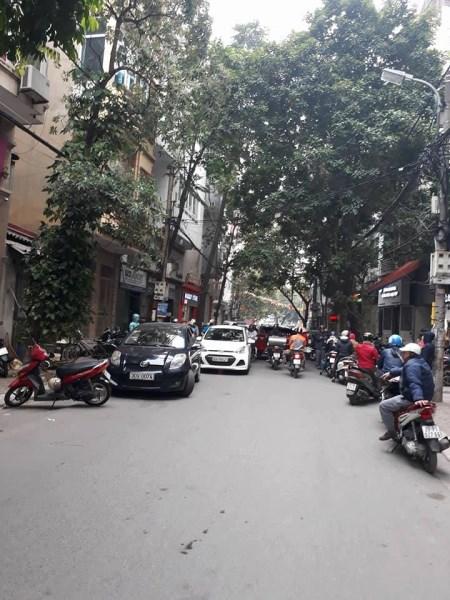 Cần bán gấp nhà Giải Phóng, Đồng Tâm 37m2, 4 tầng, giá 5.3tỷ.