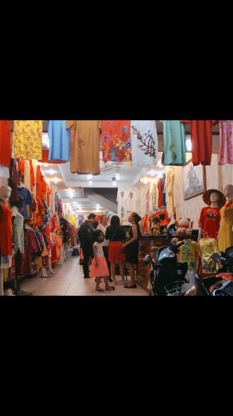 Cho thuê mặt tiền đường Nguyễn Trãi, phố kinh doanh thời trang sầm uất